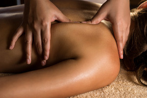 SPA-Welness-massage-02